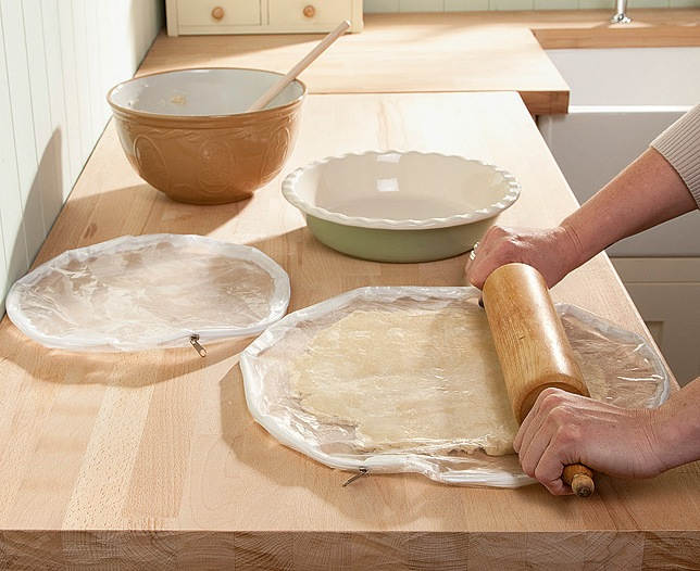 Set of 2 Pie Crust Maker