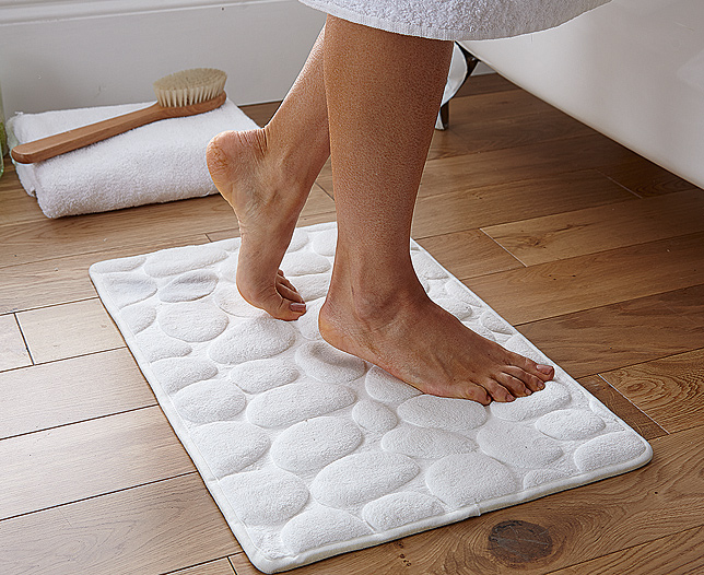 Memory Foam Pebble Bath Mat