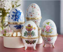 Decoration Egg with Storage Set of 4
