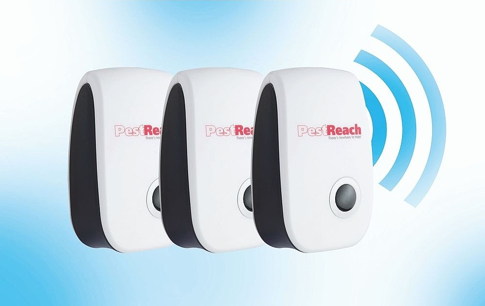 Plug In Pest Repeller Set of 3
